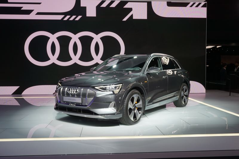 PORTLAND TRIBUNE: JEFF ZURSCHMEIDE - The all-new Audi e-tron SUV in Los Angeles.