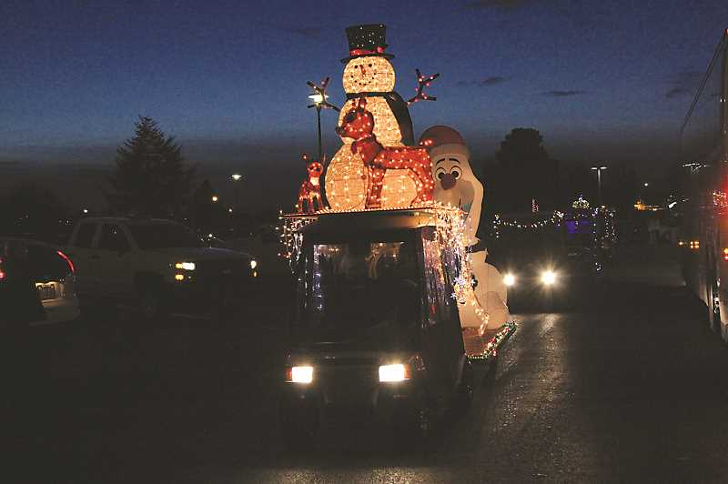 INDEPENDENT FILE PHOTO - The Woodburn Estates & Golf's annual Golf Car Parade is Dec. 6 and 7.