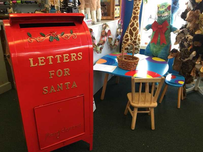 Kids can write to Santa from Thinker Toys once they've seen the gifts they want
