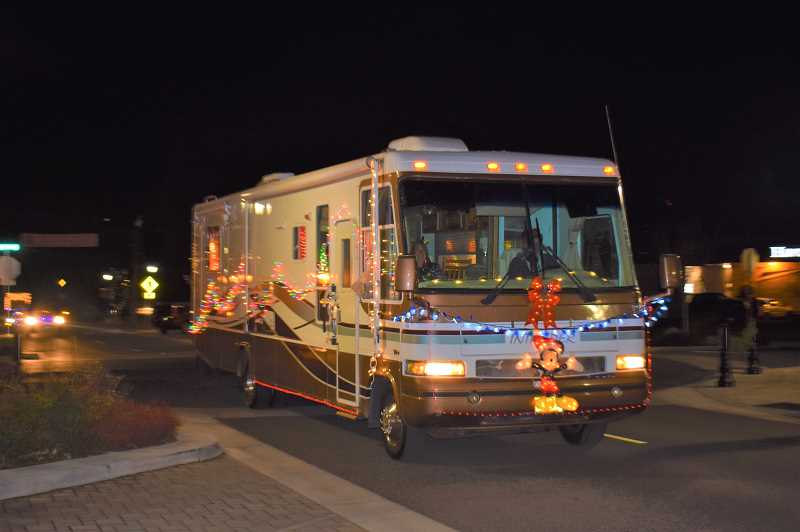 ESTACADA NEWS PHOTO: EMILY LINDSTRAND - Nancy and Chuck Horton decorated their motor home with bright holiday lights.