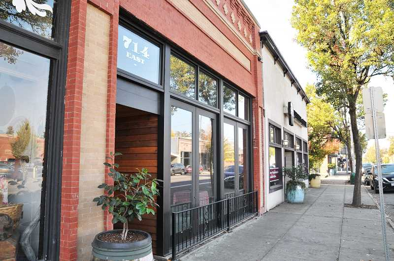 GARY ALLEN - The high-end Italian restaurant AgriVino, which will move from Carlton to Newberg this winter, was recently listed as one of the best 100 restaurants in the country by the reservation service OpenTable.