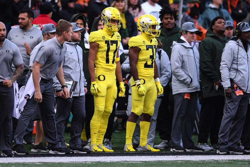PAMPLIN MEDIA GROUP PHOTO: CHRISTOPHER OERTELL - Freshman Tevin Jeannis got to see some special-teams action in the Oregon Ducks' 55-15 victory at Oregon State on Nov. 23.