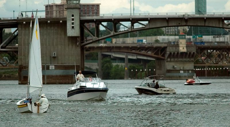 TRIBUNE FILE PHOTO - As temperatures climb, boats dot the Willamette River.