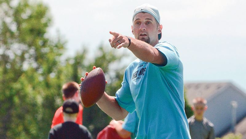SPOTLIGHT FILE PHOTO - Derek Anderson, who served as an emergency replacement at quarterback for the Buffalo Bills in 2018, is returning to the team next season.