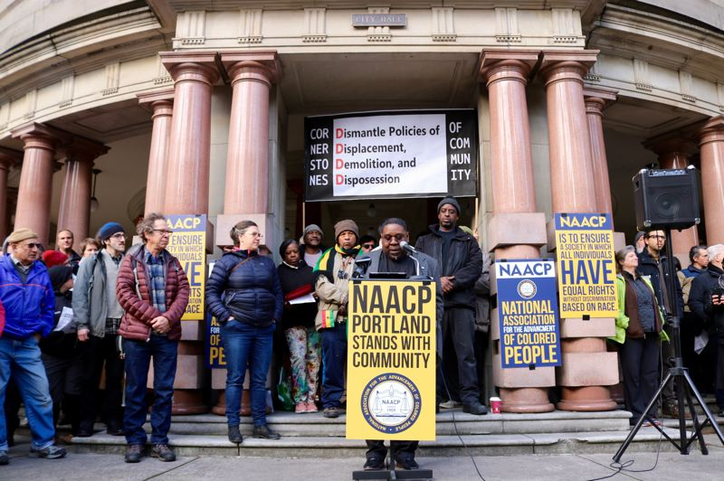 TRIBUNE PHOTO: ZANE SPARLING - Rev. E.D. Mondaine, who leads the Portland chapter of the NAACP, speaks out during a protest against earthquake sign rules on Saturday, Jan. 5 at City Hall.