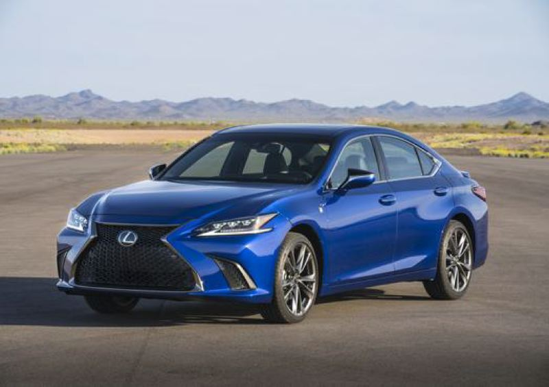 TOYOTA MOTOR SALES - The completely redesigned 2019 Lexus ES 350 looks great and drives even better with the F Sport handling package, which is available for the first time this year.