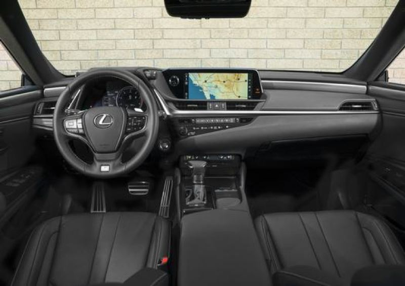 TOYOTA MOTOR SALES - The interior of every 2019 Lexus ES 350 featues high quality materials and can be ordered with the most advanced automotive technologies.