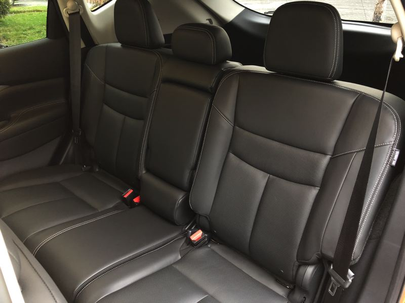 PORTLAND TRIBUNE: JEFF ZURSCHMEIDE - Rear seat passengers have more room in the 2019 Nissan Murano than just about any other mid-size crossover SUV.