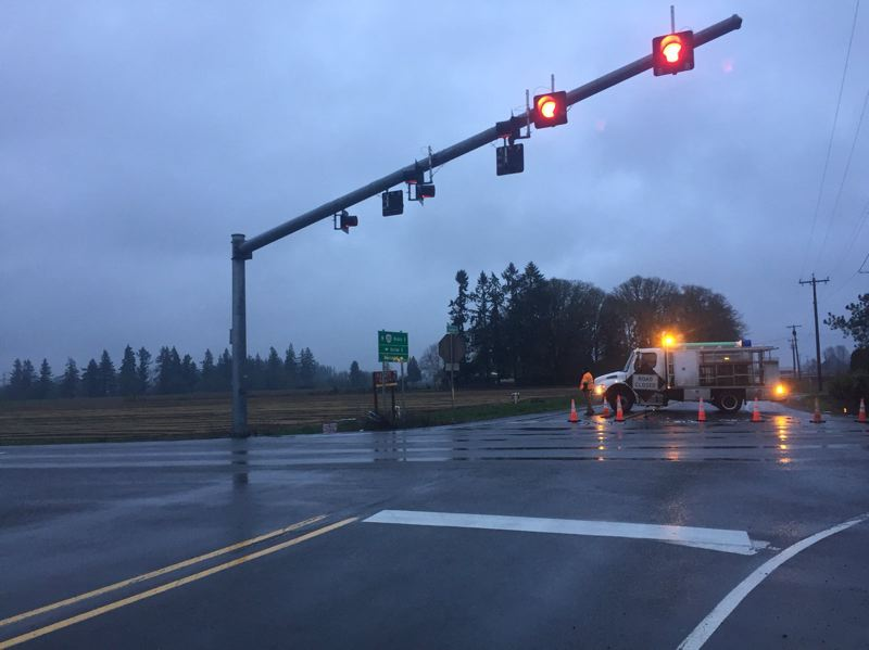 KOIN 6 NEWS - South Barlow Road closed between Hwy 211 and South Schneider Road on Sunday morning.