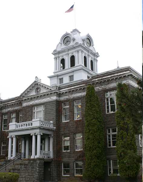 CENTRAL OREGONIAN - Crook County Court to move to building across the street to make more room for the county's Community Development Department.