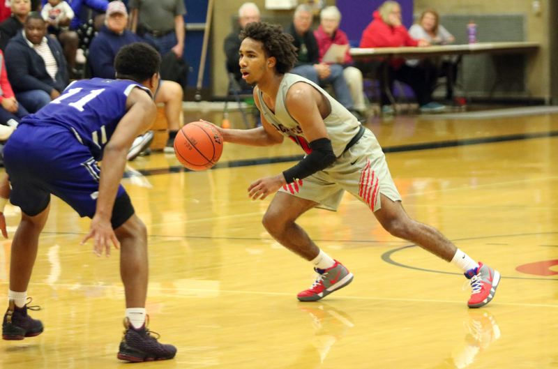 PAMPLIN MEDIA: JIM BESEDA - Freshman point guard Robert Ford finished with 19 points, nine rebounds, and 10 assists to help pace Clackamas Community College to a 78-64 NWAC home win Wednesday over Clark College.