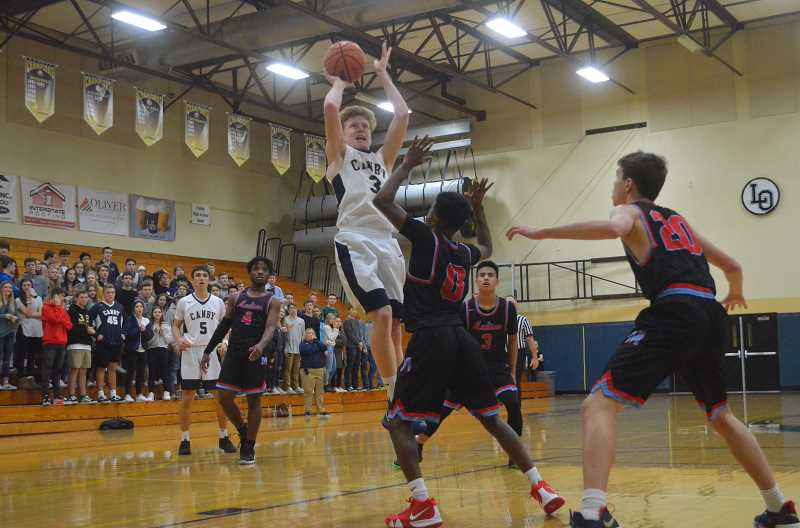 ARCHIVE PHOTO: TANNER RUSS - Canby sophomore Tyler Mead were both strong contributors to the Cougars in their recent outings against Tualatin and Lake Oswego. The team hopes to turn things around in its second meeting with Tigard on Friday, Feb. 1.