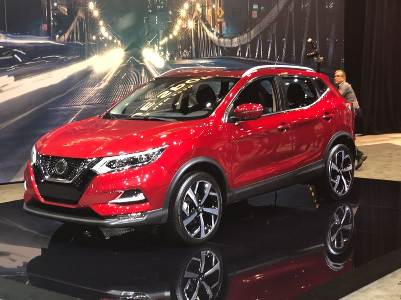 PORTLAND TRIBUNE: JEFF ZURSCHMEIDE - The subcompact Nissan Rogue Sport got a refresh for 2019.