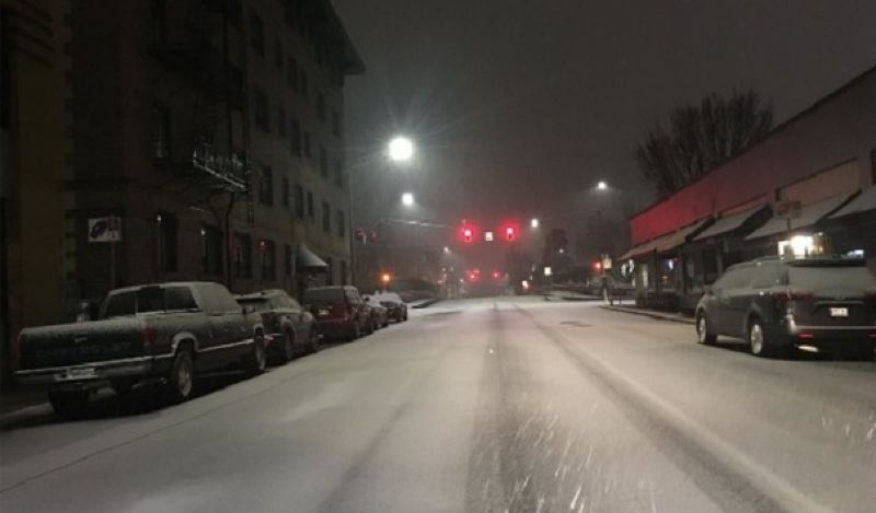 KOIN 6 NEWS - Early Saturday snow in Portland.