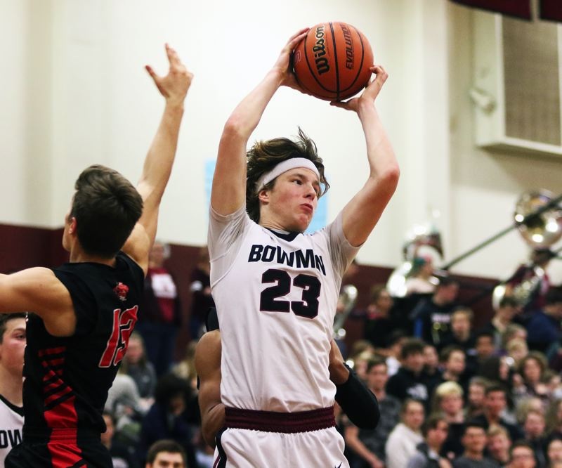 TIMES PHOTO: DAN BROOD - Charlie Bulfinch and his Sherwood boys basketball teammates can clinch the Pacific Conference championship with a win at Century tonight.