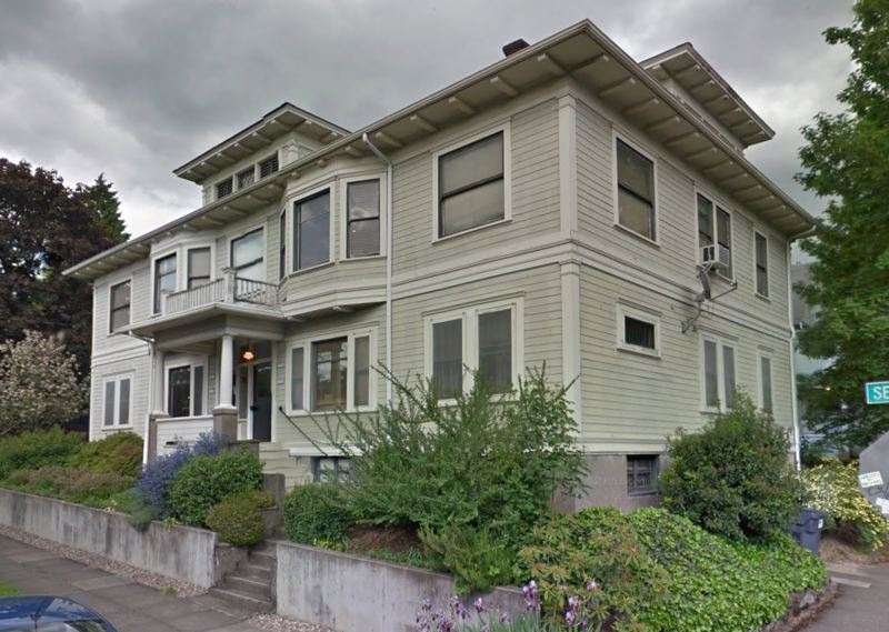 COURTESY 1000 FRIENDS OF OREGON - An example of an older house that have been converted into a fourplex, which would be allowed in more of Portland under the current Residential Infill Project recommendations.