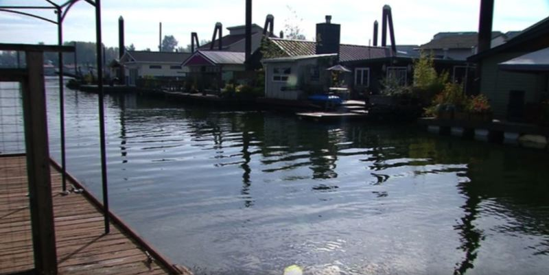 KOIN 6 NEWS PHOTO - Houseboats on Hayden Island in Portland.