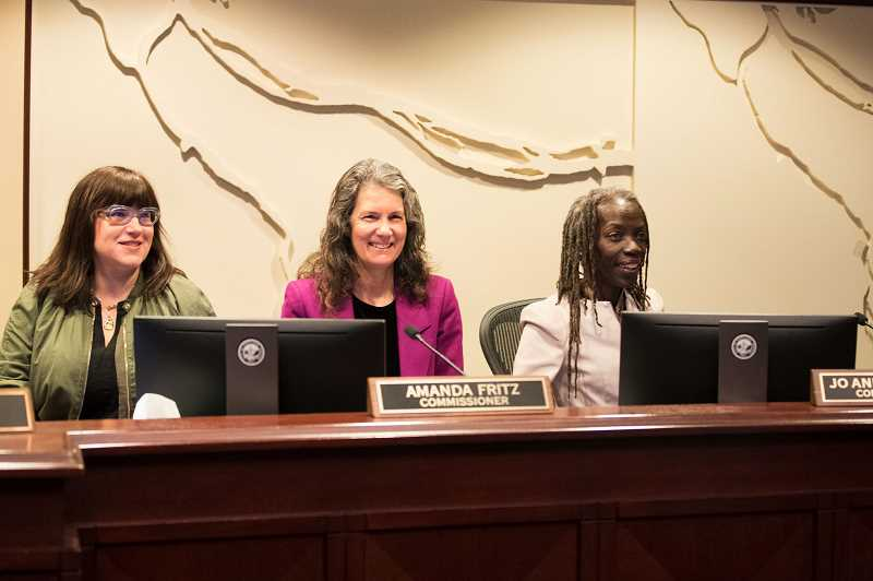 PMG PHOTO - City Commissioner Amanda Fritz, who in 2008 was the seventh woman ever elected to the Portland City Council, sits between her current colleagues on the Council, Chloe Eudaly (L) and Joanne Hardesty (r).