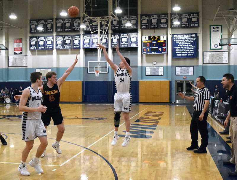 SPOKESMAN PHOTO: TANNER RUSS - Wilsonville junior Keegan Shivers recorded 16 points against Crescent Valley in the opening round of the playoffs.