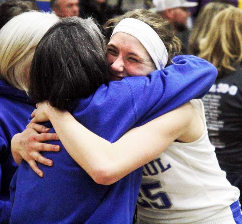 LA GRANDE OBSERVER PHOTO: RONALD BOND  - Junior Erin Counts was integral to the Bucks' success this season as they went 30-0.