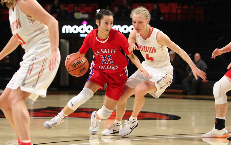 PMG PHOTO: JIM BESEDA - La Salle Prep's Alyson Miura had 12 points on 4-for-7 shooting from 3-point range with six rebounds and one assists in Thursday's 57-46 quarterfinal win over Silverton at Gill Coliseum.