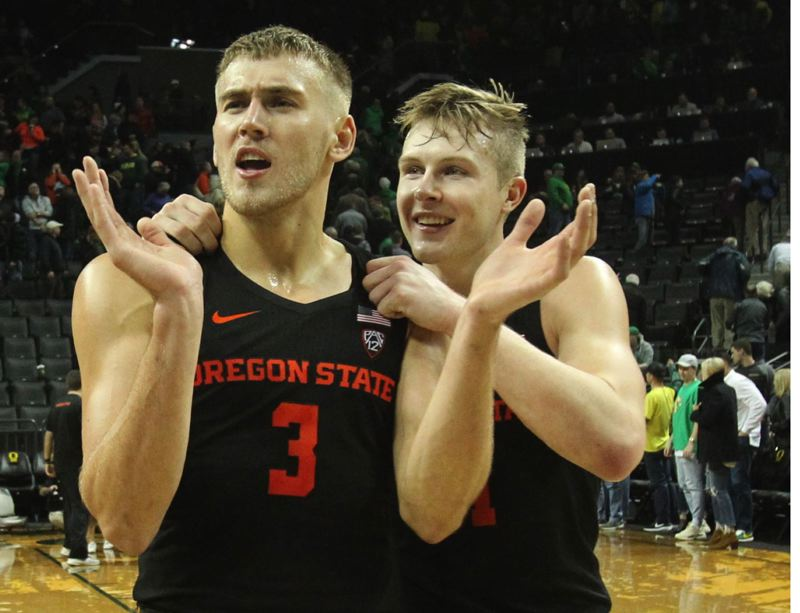PAMPLIN MEDIA GROUP: JAIME VALDEZ - Tres Tinkle (left), 6-8 junior forward, has had a big season playing for Oregon State and his father, coach Wayne Tinkle, who says 'nobody in the country is doing what he is doing.'