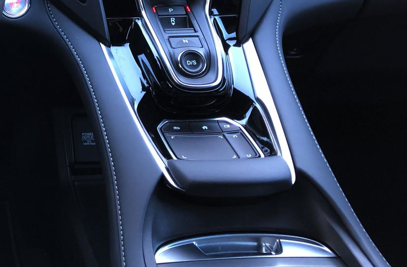 PORTLAND TRIBUNE: JEFF ZURSCHMEIDE - A revolutionary, easy-to-use touchpad controls the infotainment system in the 2019 RDX.