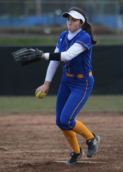 PMG PHOTO: DAVID BALL - Barlow junior Lexi Geary returns to the pitchers circle for the Bruins.