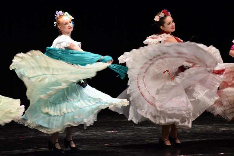 COURTESY PHOTO: BALLET FIESTA - Ballet Fiesta offers classes in Mexican baile folklórico and Spanish dance taught by Portland resident Maria Moreno.