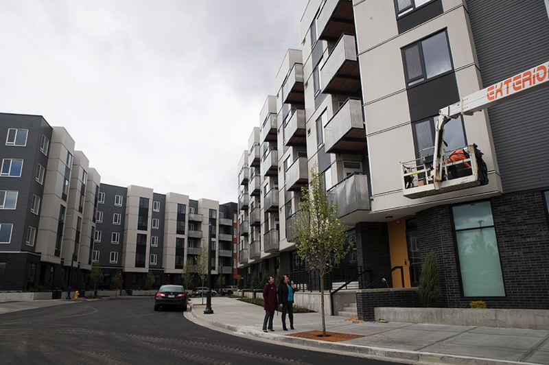 PMG PHOTO: JAIME VALDEZ - The west and east wings of the Rise Center feature a mix of upscale studios, one- and two-bedroom apartments and townhomes in downtown Beaverton, which is becoming a surprsingly walkable neighborhood.