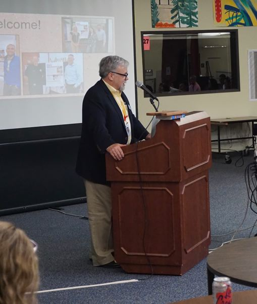 PMG PHOTO: CLAIRE HOLLEY - Superintendent Michael Musick addresses the attendees at the SAC meeting.