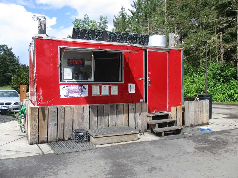 PMG PHOTO: DEBORAH GUINTHER - Lumber Jack Burger food cart is stationed permanently near the restaurant of the same name.