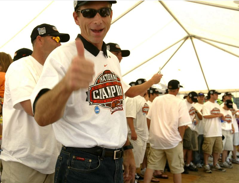 PMG FILE PHOTO: JIM CLARK - Coach Pat Casey gives a thumbs up as the 2006 Oregon State Beavers' College World Series triumph is celebrated at Pioneer Courthouse Square. Now the job of OSU athletic director Scott Barnes is to find the best replacement in the dugout for Casey.