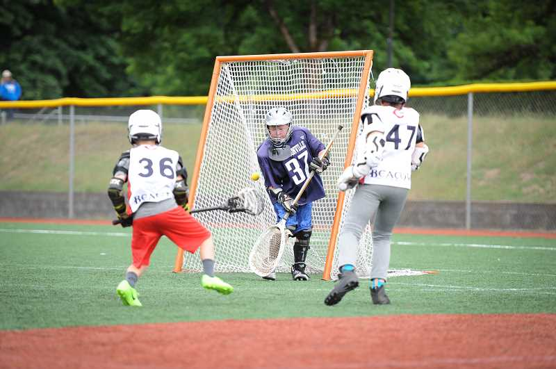 COURTESY PHOTO: CARLY CARPENTER - The boys 3-4 team had a strong showing at the Battle at the Bridge tournament.