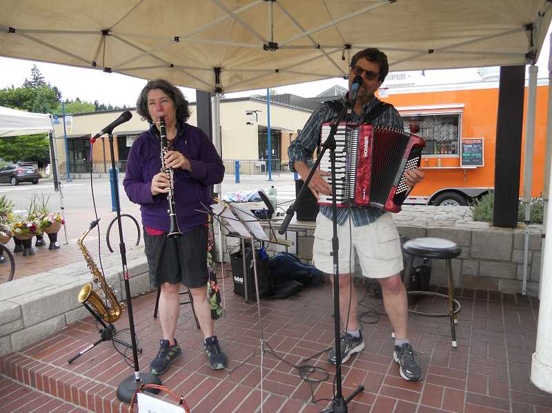 GAZETTE STAFF: SCOTT KEITH - Bellows and Squawk were the featured entertainment during a Sherwood Saturday Market in 2018.