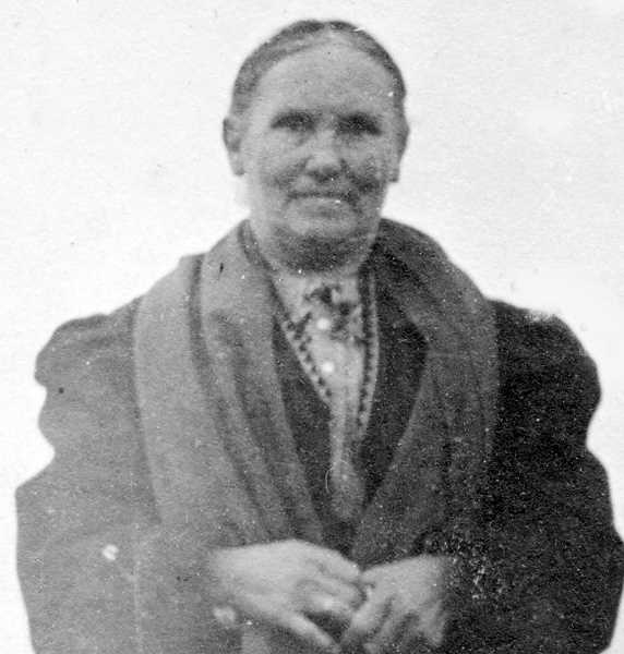 PHOTO COURTESY OF BOWMAN MUSEUM - Jennie Pickett came to Prineville in 1886 with her children.