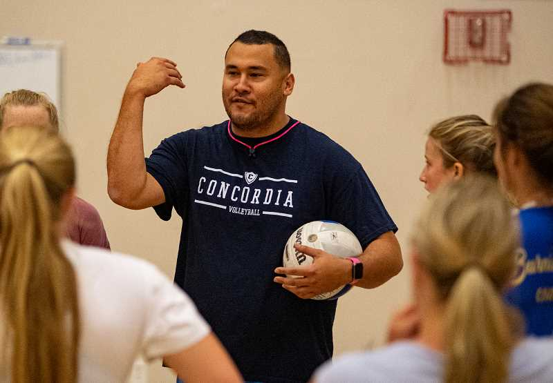 LON AUSTIN@CENTRAL OREGONIAN - Kaiao Nahalea talks to members of the Crook County High School volleyball team on Tuesday during the Cowgirls' team camp. The three-day camp worked on fundamentals and improving team bonding. Nahalea is an assistant coach at Concordia University in Portland.