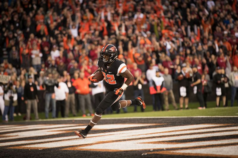 PMG FILE PHOTO: JAIME VALDEZ - Jermar Jefferson of Oregon State scores against Washington State during a 2018 season in which he earned Freshman All-American and Pac-12 Freshman of the Year honors.