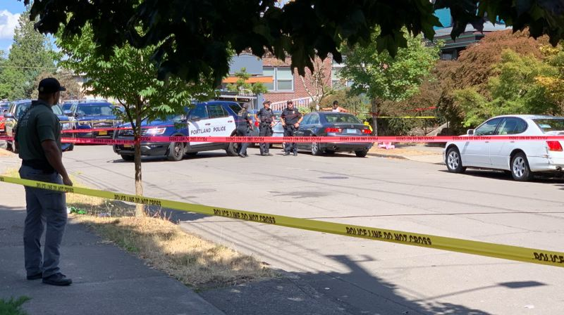 COURTESY KOIN/BENJAMIN KERENSA - Police investigate a shooting in the 300 block of Northeast 78th Avenue on Sunday.