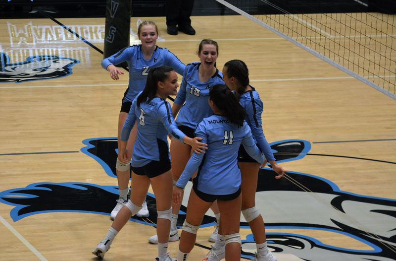 Mountainside volleyball zeroes in Jesuit, big-time goals
