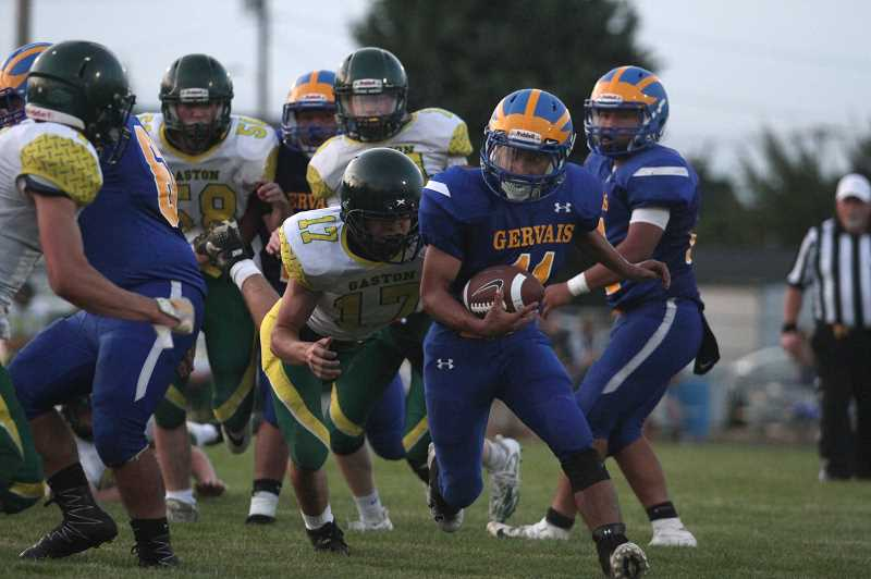 PMG PHOTO: PHIL HAWKINS - Ramon led an offensive attack that generated more than 400 yards on the ground and six rushing touchdowns.