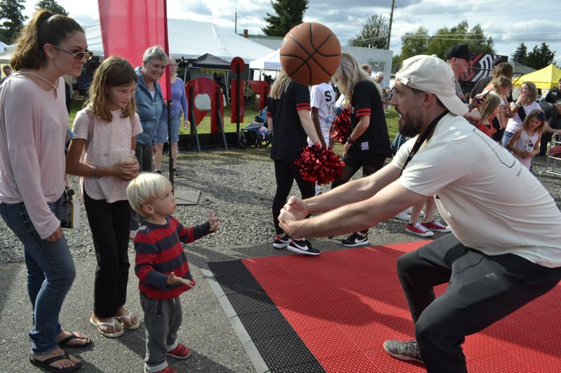 PMG PHOTO: BRITTANY ALLEN - People of all ages came out to have fun at the Rip City Fair in Sandy on Sept. 13.