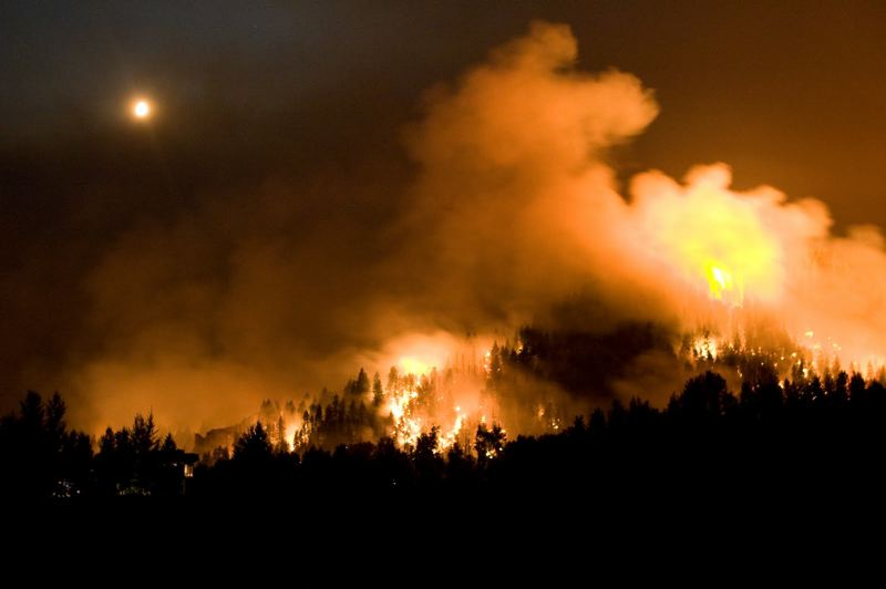 PMG FILE PHOTO - The 2017 Eagle Creek Fire destroyed about 50,000 acres in the Columbia River Gorge National Scenic Area. Oregon's Wildfire Council will recommend in November changes to modernize state firefighting.
