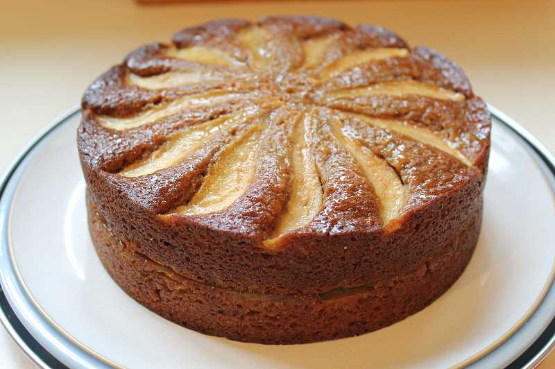 Apple Gingerbread Cake is a perfect dish to make to welcome fall. Barb Randall advises cooks to give their spices the sniff test before baking this fall. If your spices dont have robust fragrance they wont have robust flavor. Replace them.