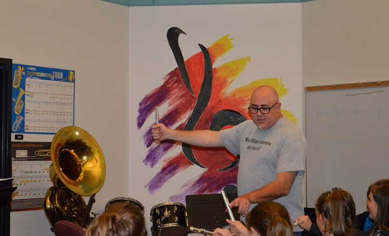 Colton Corner: Middle school band students get started with instruments
