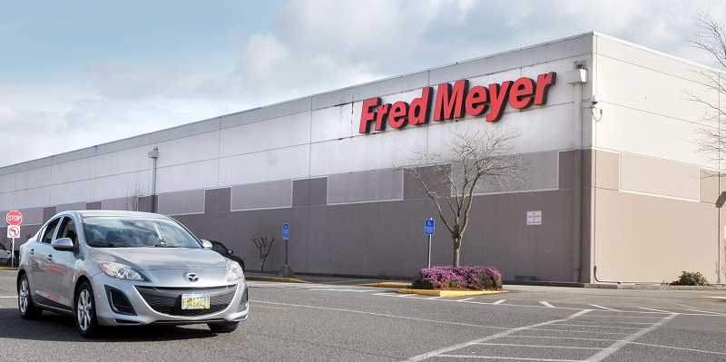 GRAPHIC FILE PHOTO - Fred Meyer and other area supermarkets have signed a contract with Northwest grocery workers.