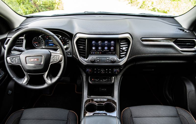 COURTESY GMC - The interior of the 2020 GMC Acadia AWD AT$ is well designed, with the best infotainment system ever offered by the manufacturer and many advanced safety systems.