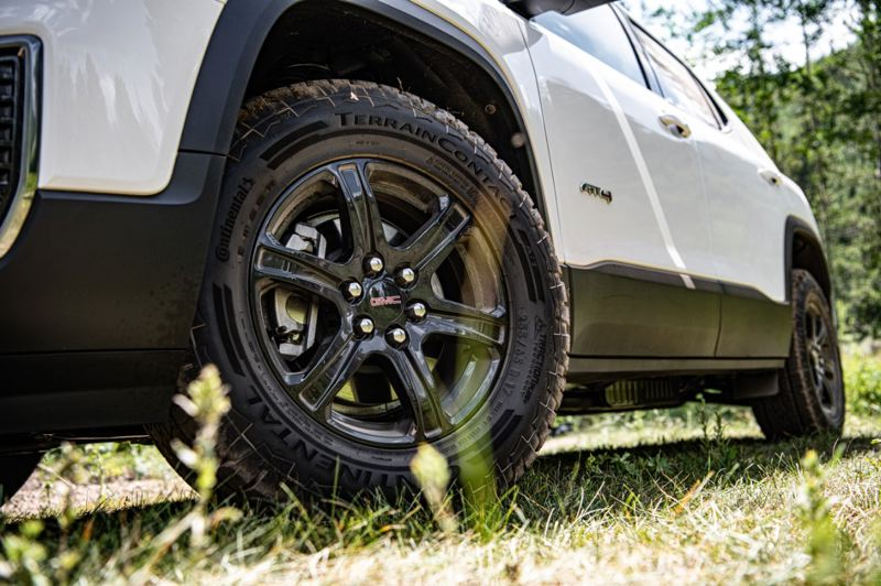 COURTESY GMC - The AT4 model of the 2020 GMC Acadia include off-road tires on 17- or 20-inch wheels.