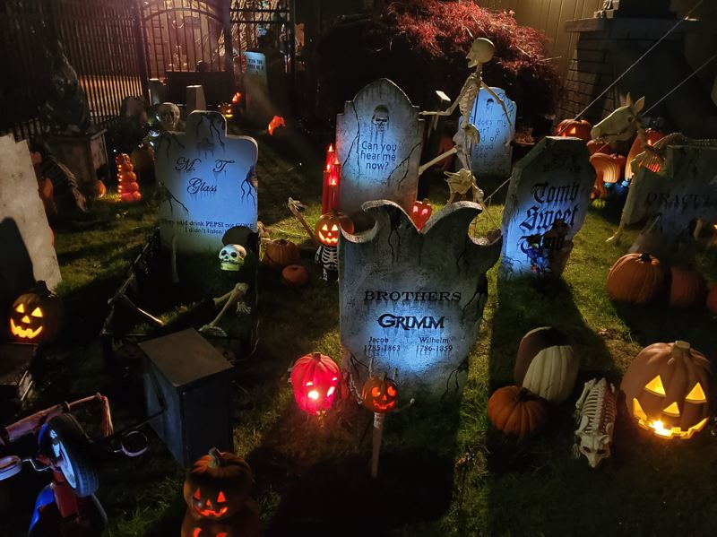 COURTESY PHOTO: NORTHWEST HAUNTERS  - The forbiddingly inviting Pumpkin Acres display can be found at 13922 S.W. Schiller St., Portland.