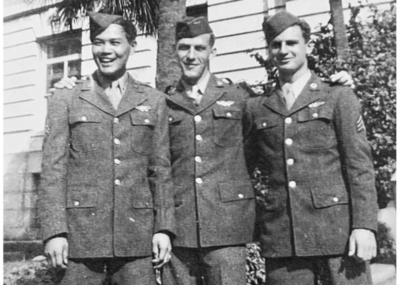 COURTESY PHOTO - In 1944, Milwaukie resident James Hong was pictured with U.S. Air Force friends Guy Bowman and David McCormick, ready to depart for their B-17 bomber missions from Tampa, Florida.